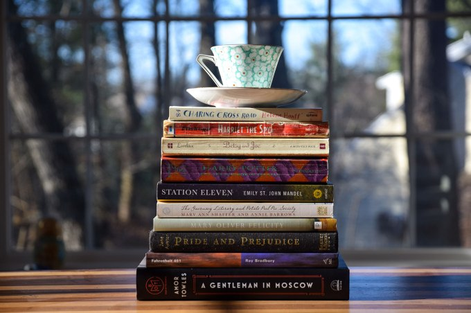 book-stack-me-challenge-1.jpg